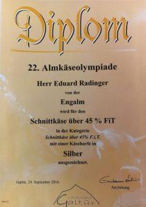 Auzeichnung-16-Schnittkaese-ueber